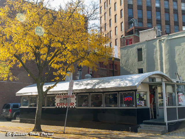 Miss Syracuse Diner - Syracuse, NY por El Guisante Verde Project