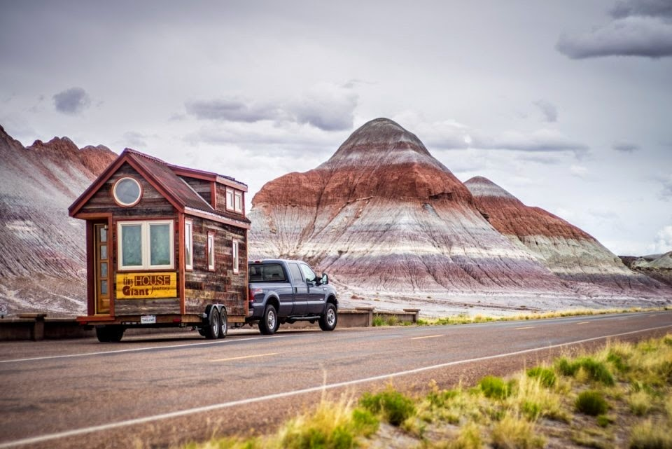 By taking their house with them wherever they go, Giullaume and Jenna are able to enjoy the magnificence of America from the comfort of their own home. - This Couple Quit Their Jobs To Live Off-Grid… How They Did It Will Inspire You.
