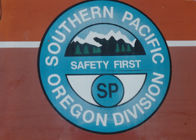 Southern Pacific Oregon Division Herald on SPMW #5923 in Oakridge, Oregon, on July 18, 1997