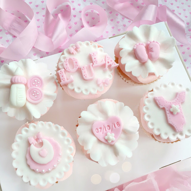 Love, Catherine | Fondant Baby Arrival Cupcakes