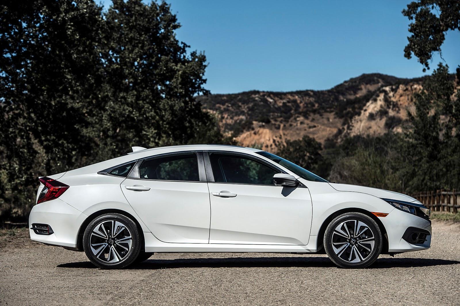 Honda Civic 2016 chính là chiếc xe sedan HOT nhất trên thị trường