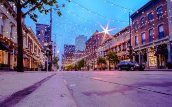 Wallpaper: Larimer Square in Denver