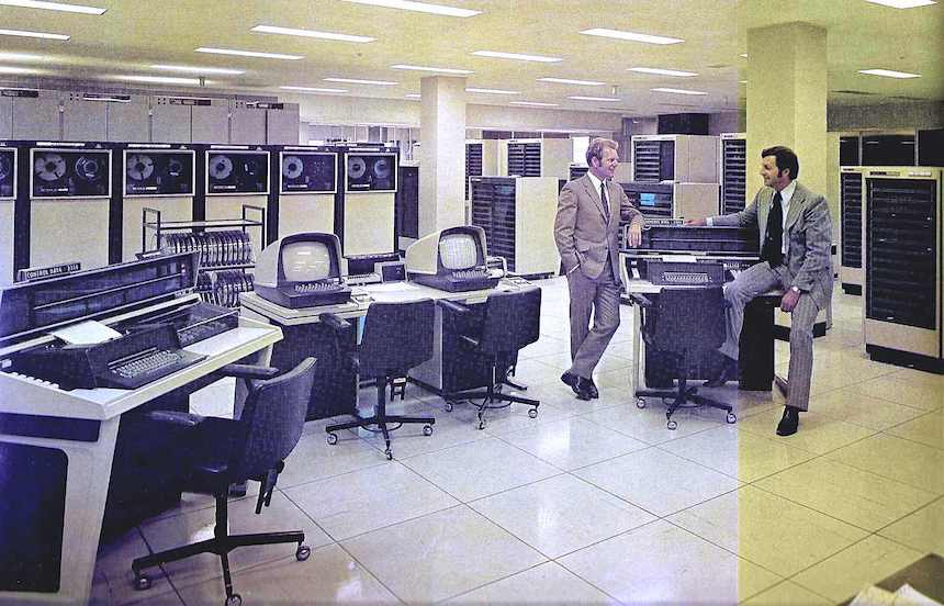 1973 computers photograph