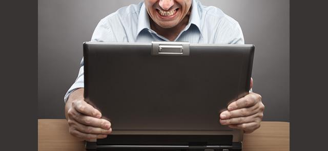 Artigo analisa o quanto os internautas repudiaram ações controversas de marcas