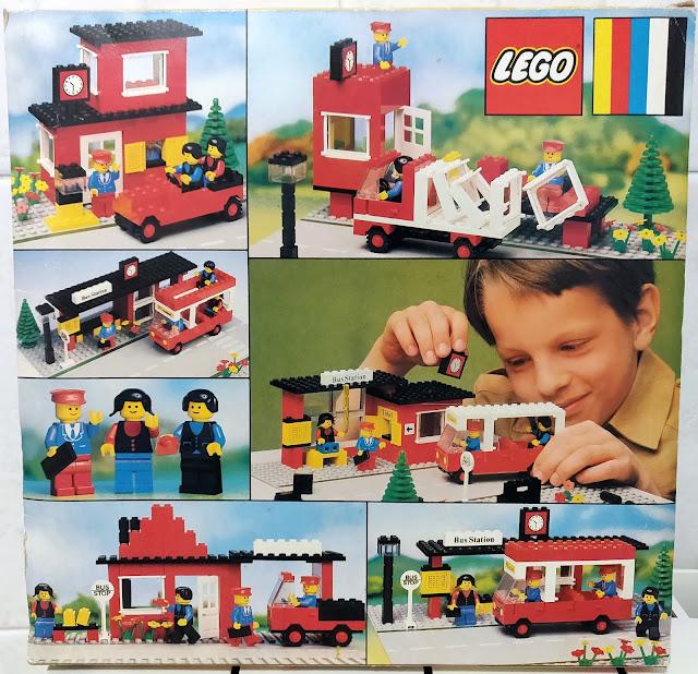 LEGO set 379 - stazione dei bus - bus station