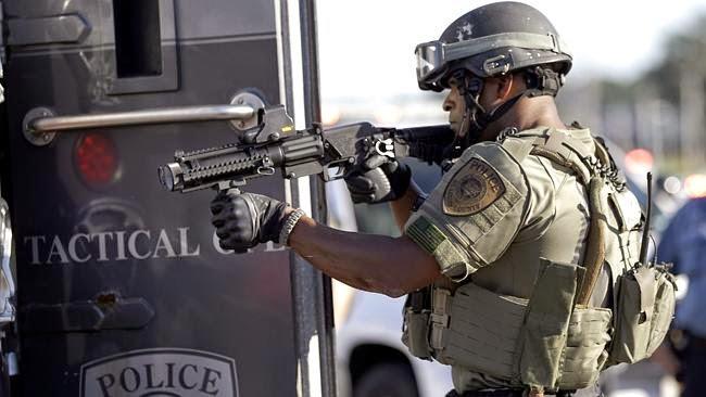 ausrüstung amerikanische polizei