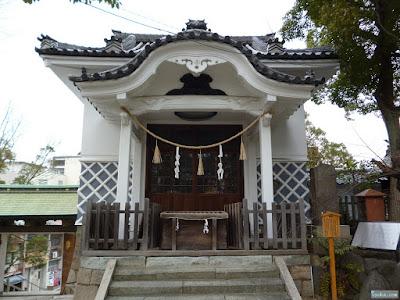高津宮神輿庫