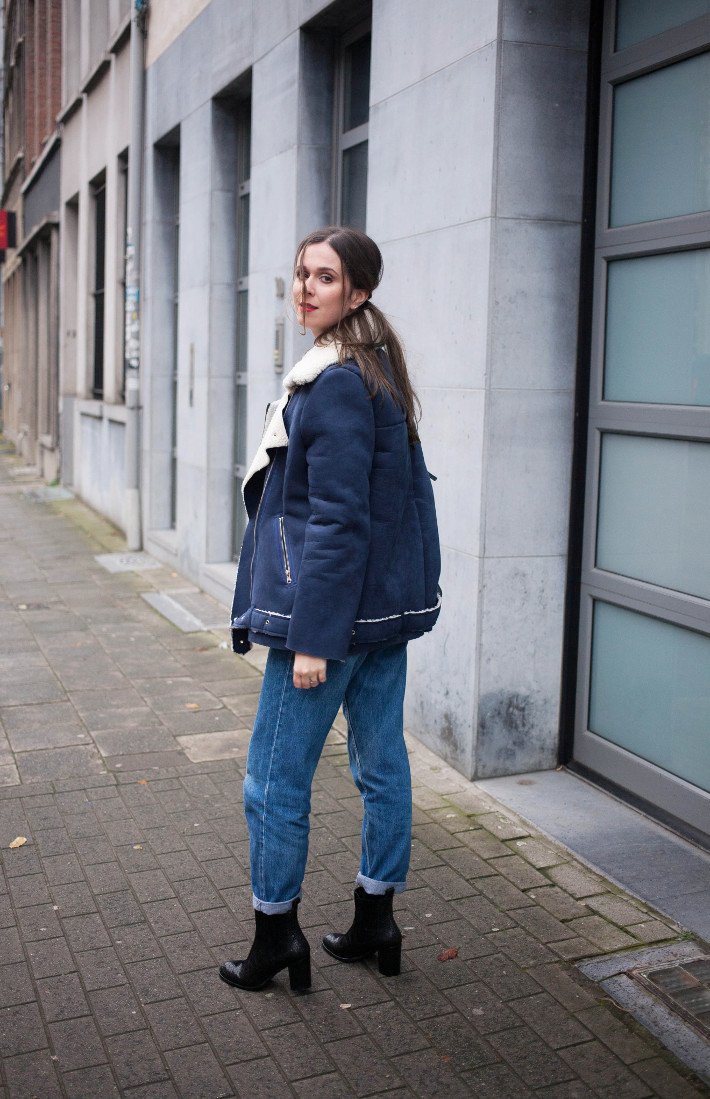 Outfit: mom jeans and Zinda western boots