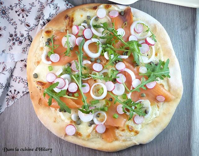 Pizza du printemps au saumon fumé et légumes croquants - Dans la cuisine d'Hilary