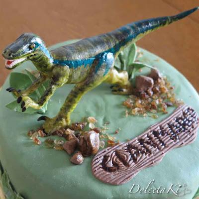 torta dinosauro velociraptor jurassic world