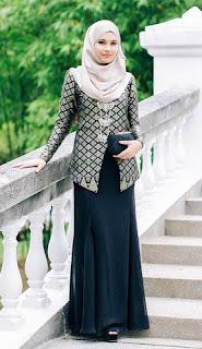 Baju kerja muslimah fashionable