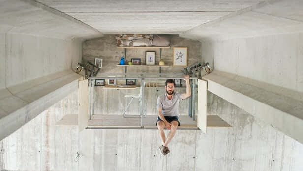 This Man Built A Small House Under A Bridge In Spain Without Anyone Noticing