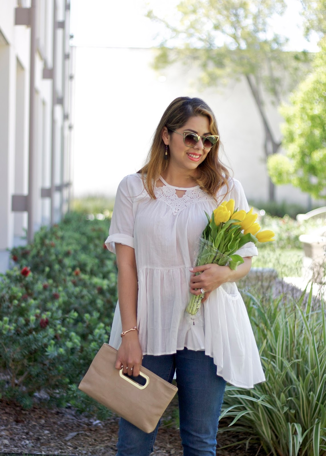Latina fashion blogger, chicwish white top, white cool tunic, latina style blogger, short hair blogger