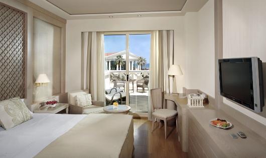 Las pernoctaciones en los hoteles de la Comunitat Valenciana se incrementan hasta junio un 7,5% con respecto al mismo periodo de 2015