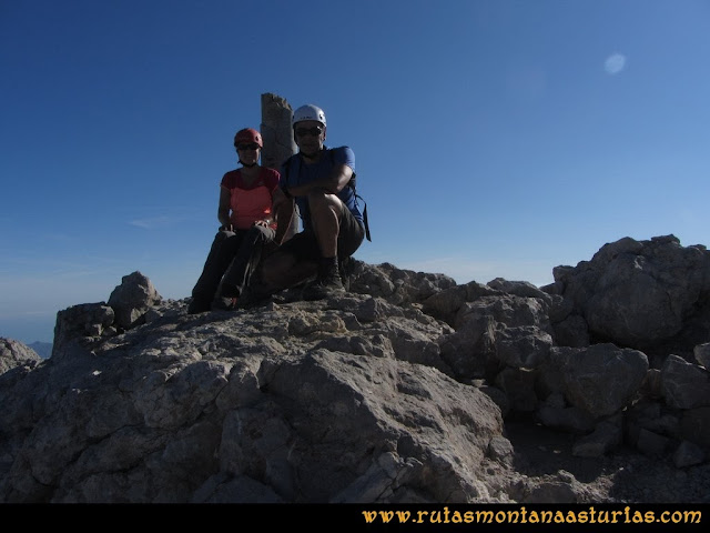 Ruta Cabrones, Torrecerredo, Dobresengos, Caín: Cima del Torrecerredo