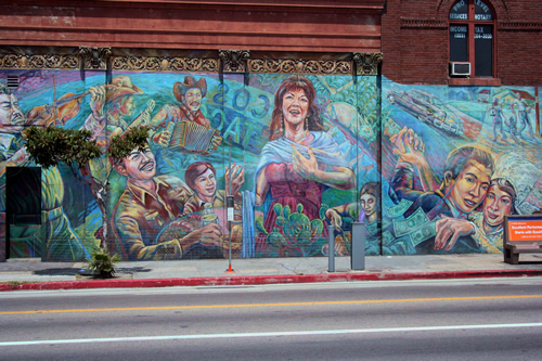 La bloga review give me life gluten free chicano for America tropical mural