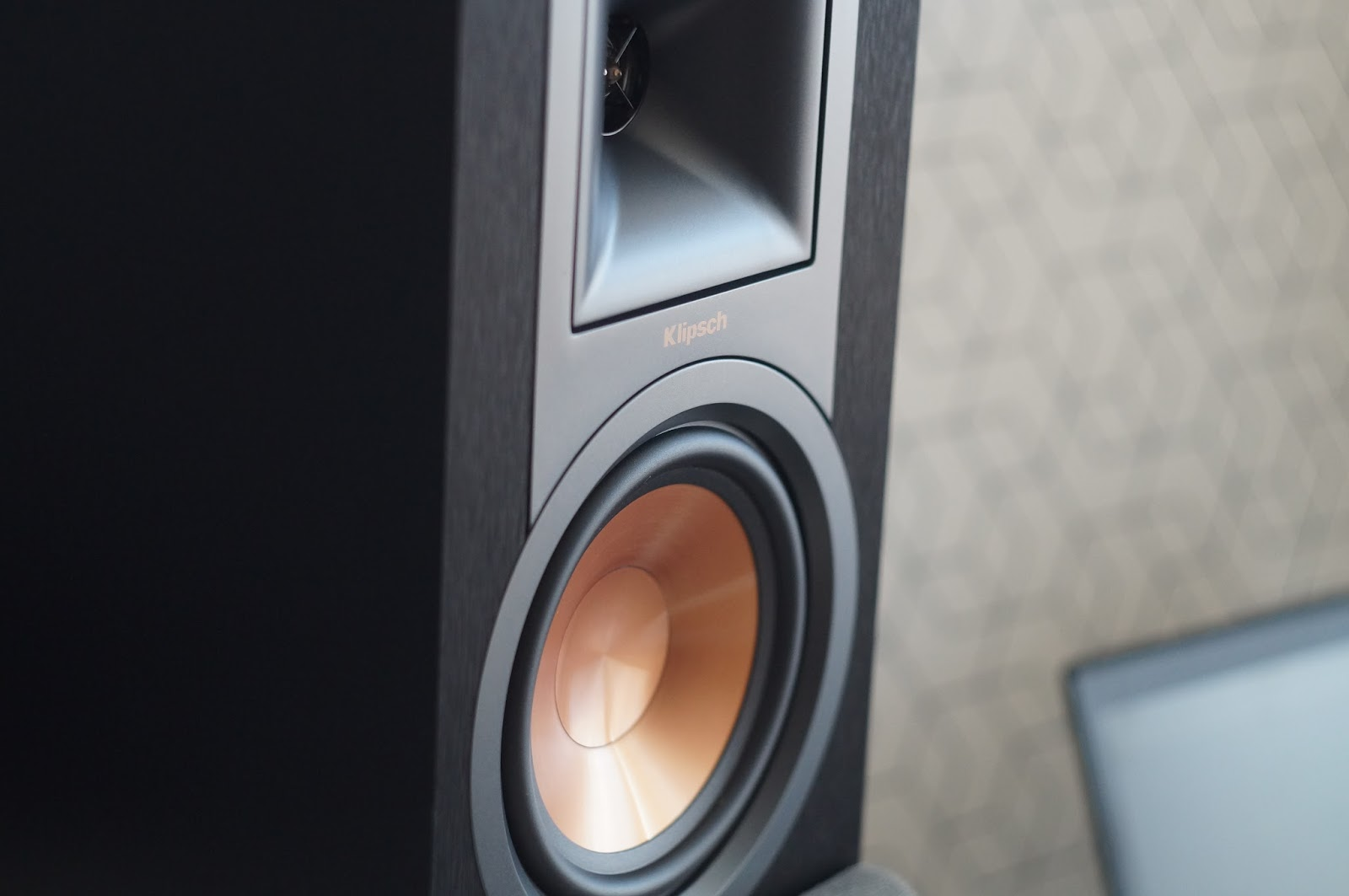 Klipsch R 15PM Powered Speakers Review Can They Beat My Benchmark JBL LSR305
