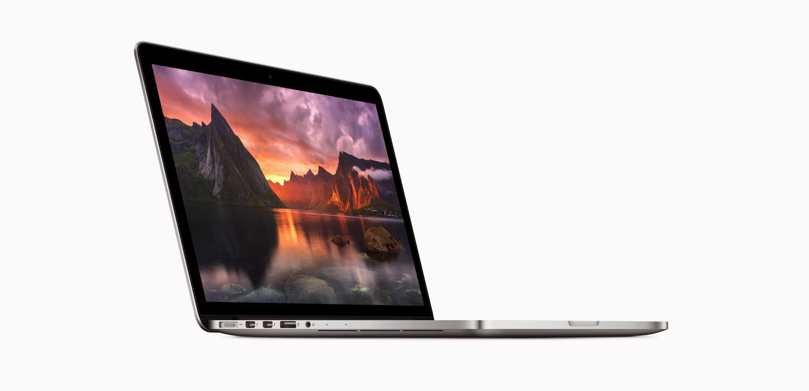 Apple MacBook Pro dengan Display Retina 15""
