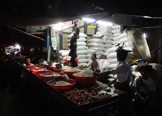 Buying some Myanmar rice tonight