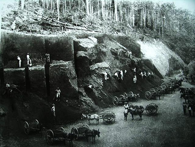 Construção da Estrada de Ferro Vitória a Minas, começo do século XX.