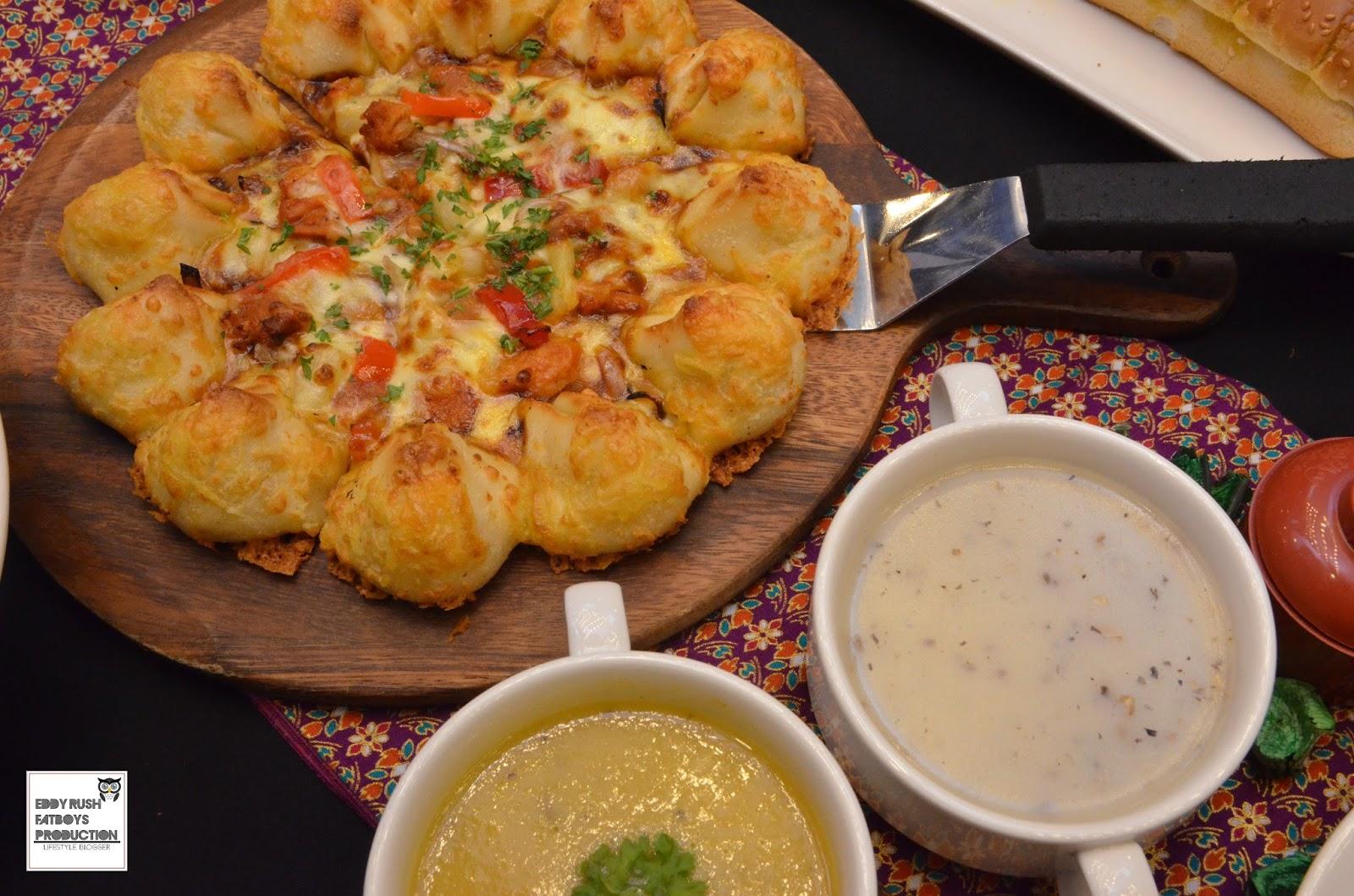 Pizza hut malaysia history