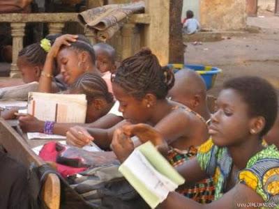 Quan tâm hơn nữa đến trẻ em nghèo