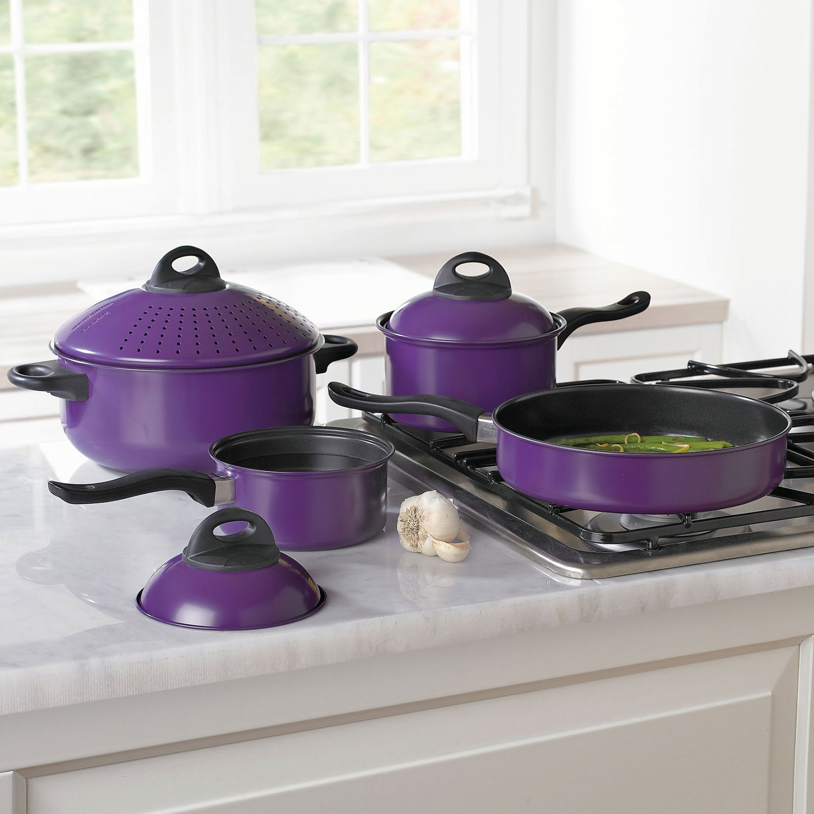 Mamawjs Moment Away  Color Your Kitchen With  Cookware From  Brylanehome 7