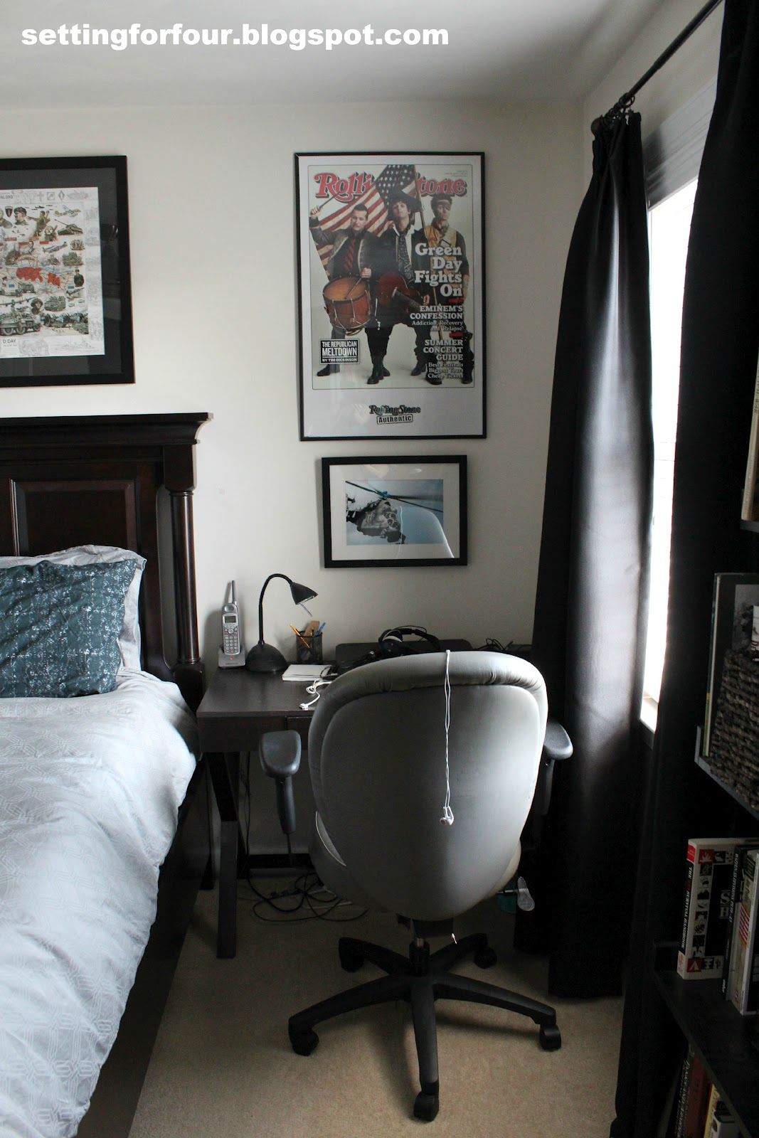 Teenage Boy's Bedroom - Setting for Four on Teenage Room Decor Things  id=60022