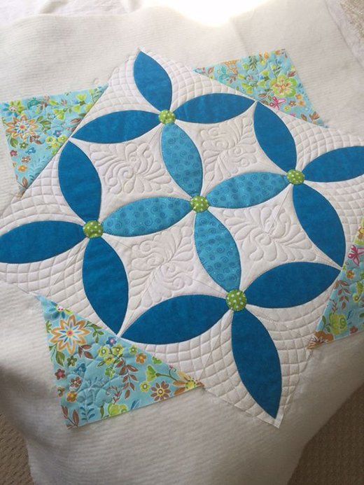 Spring Petals Table Topper Free Quilt Pattern