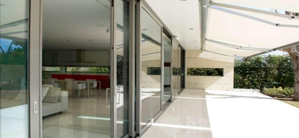 Ventanas correderas aislantes al ruido y al fr o for Puertas para terrazas