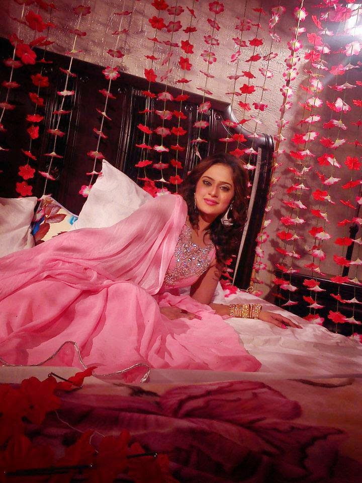 Hot Mujra Sobia Khan Famous Pashto Hot Dance Hd Video 2014-4522