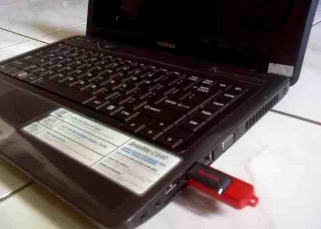 cara install windows 7 dengan flashdisk di Laptop