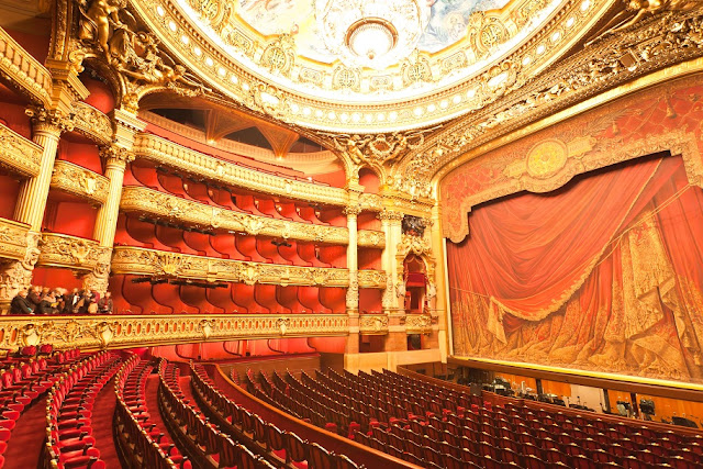 Ingressos de teatro em Paris