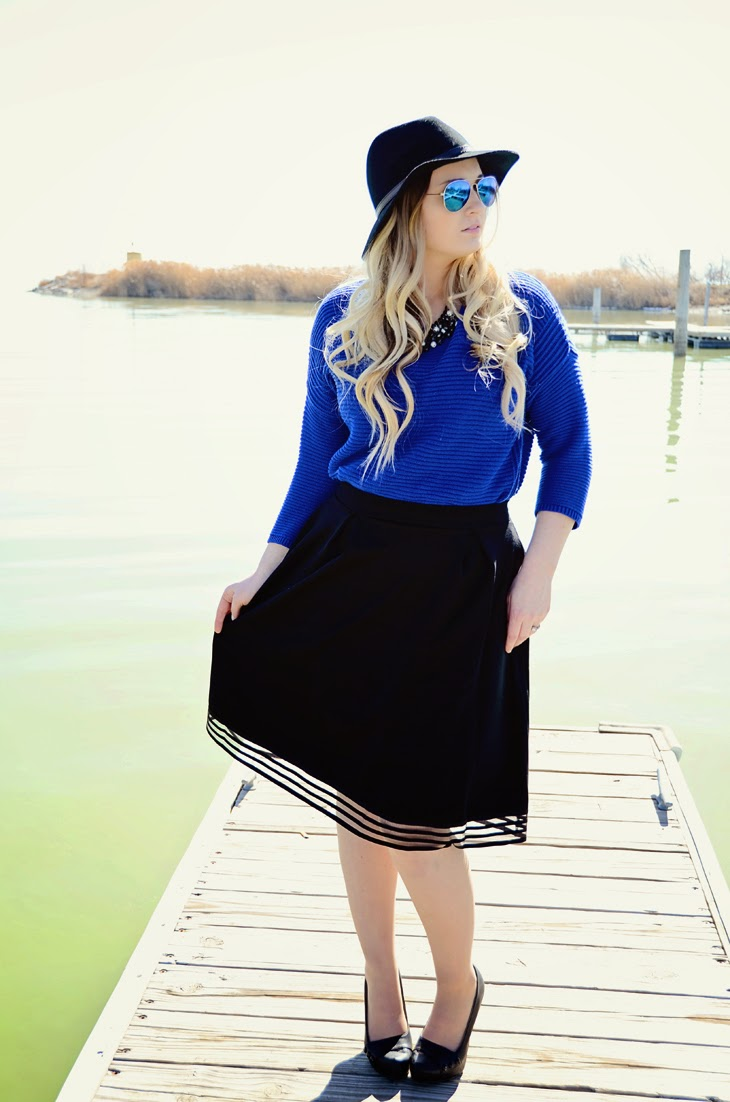 Black and Blue Holidng skirt