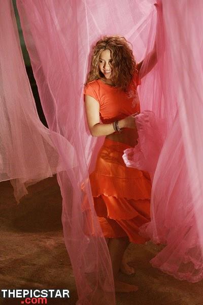 صور، إغراء، المغنية، شاكيرا، Shakira، ساخنة، عارية، مثيرة، إطلالة، فستان، رقص، فساتين