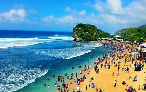 Pantai indrayanti yaitu salah satu pantai di jogja yang cukup menarik dan terkenal di ka 7 Spot Pantai Indrayanti Yang Menakjubkan di Jogja