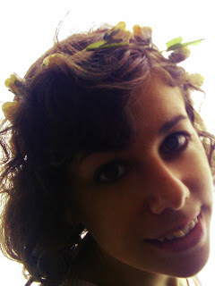 http://s-fashion-avenue.blogspot.it/2013/05/fairy-accessories-floral-crowns.html