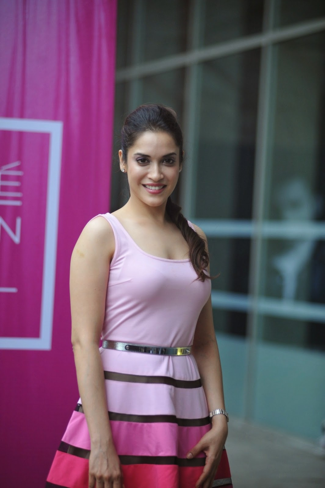 High Quality Bollywood Celebrity Pictures Taapsee Pannu -3522
