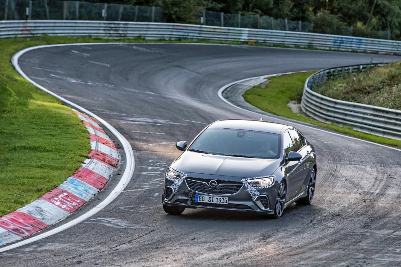 Ο καλύτερος χρόνος για το νέο Opel Insignia GSi : μέχρι 12 δευτ. / γύρο ταχύτερο από το προηγούμενο Insignia OPC
