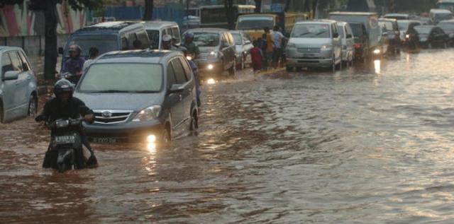 Jakarta Kebanjiran, Jokowi Jadi Sasaran Bully Netizen