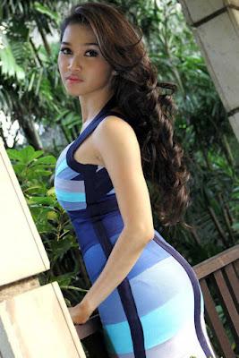 7 Ririn Setyarini artis hollywood seksi yang main film horor