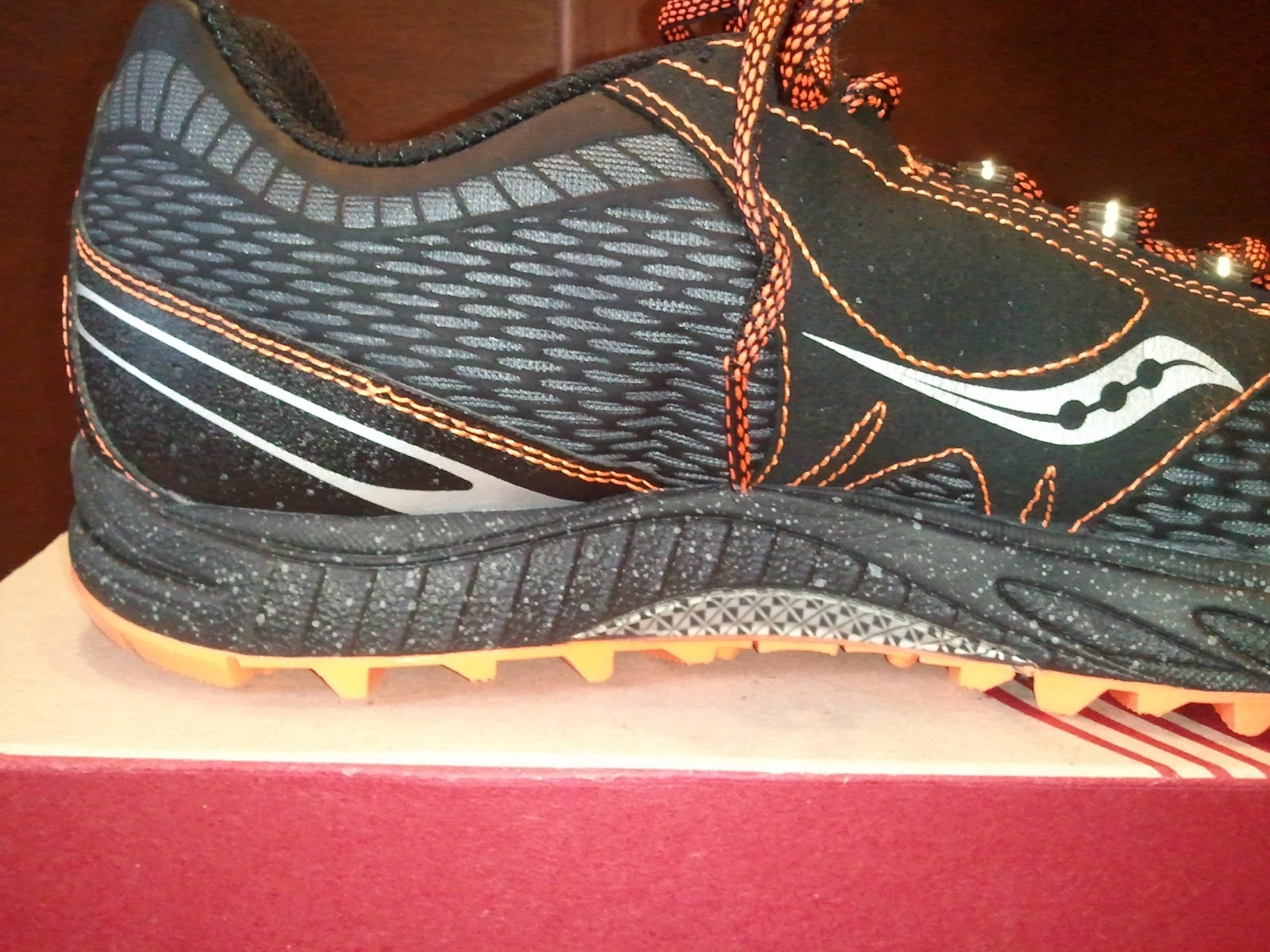 running farmer: Saucony Peregrine Review