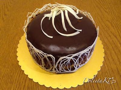torta decorata cioccolato