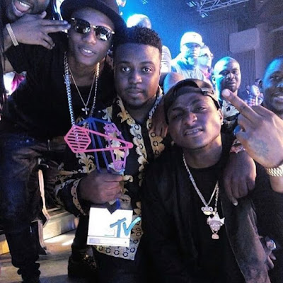 Davido wins Mtv Mama awards