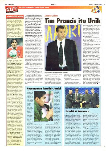 MENJELANG PIALA DUNIA 2002: ZINEDINE ZIDANE TIM PRANCIS ITU UNIK