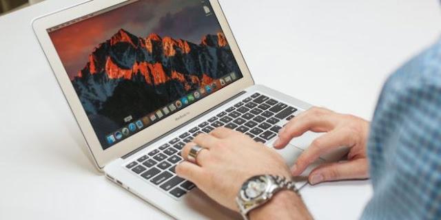 آبل تزيح الستار رسمياً عن MacBook Air