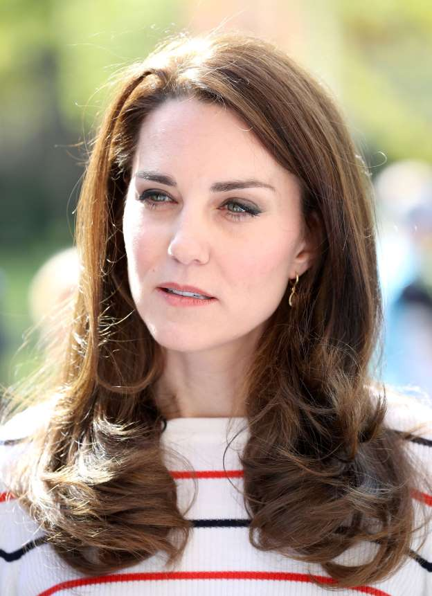 Paparazzi on trial over topless photos of Duchess Kate