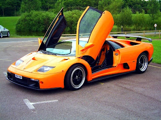 Dream Fantasy Cars-Diablo GT