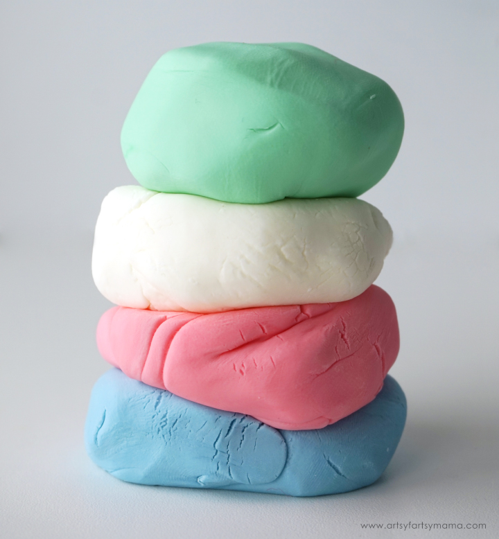 Super Soft 2-Ingredient Play Dough made with Johnson's® Baby Lotion #JohnsonsBeautyHack