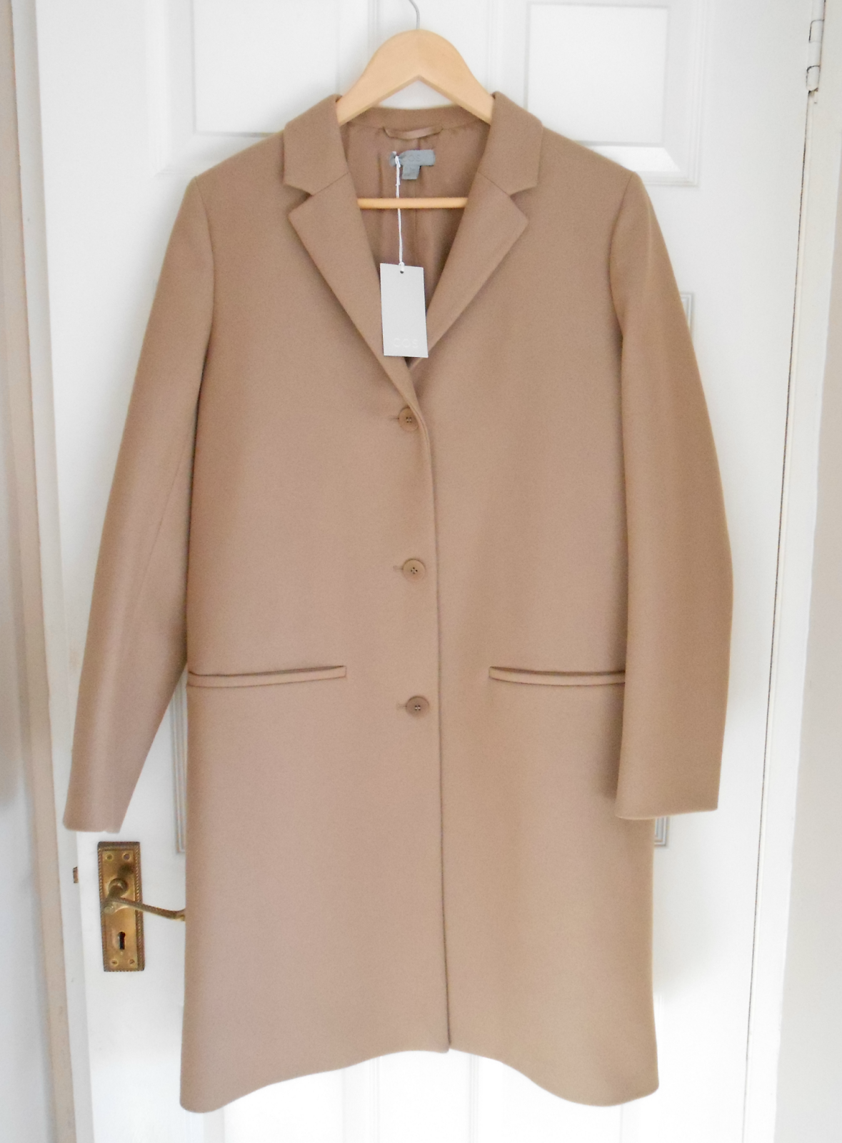 COS Tailored Wool Coat review and photos